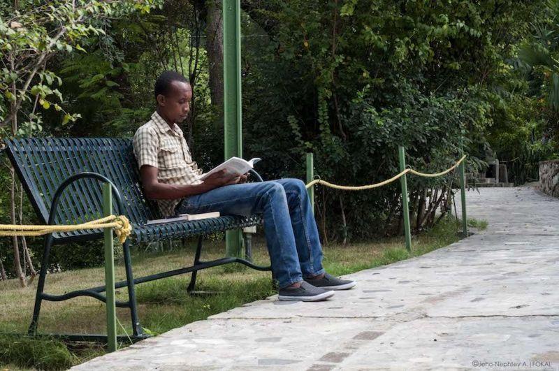 Lecteurs-au-parc-1